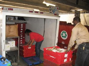 Hilton San Francisco Staff loading Food Runners Truck